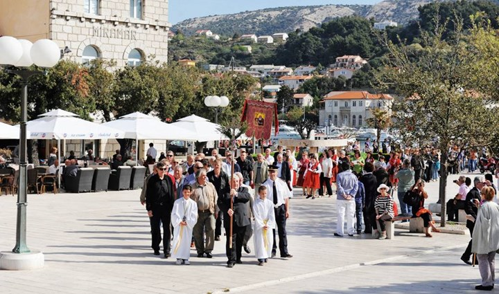 Rab Cross Procession 2