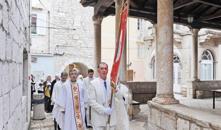Rab Cross Procession 4