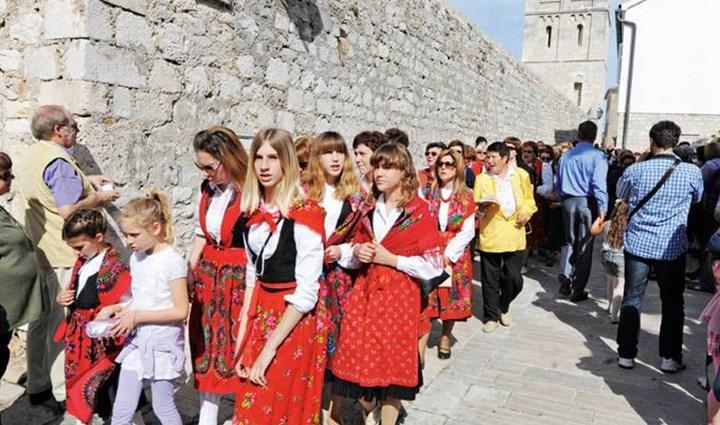 Croci - Festa votiva degli isolani   6