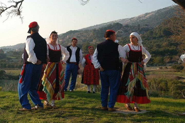 Rapski tanac folk performance - Rab 1