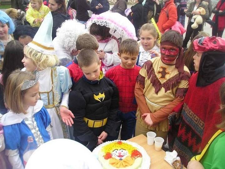 Lopar Karneval 0