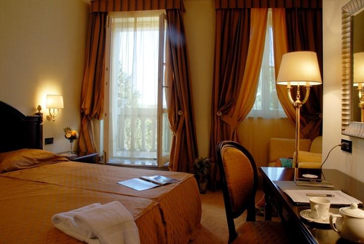 Hotel Arbiana 8