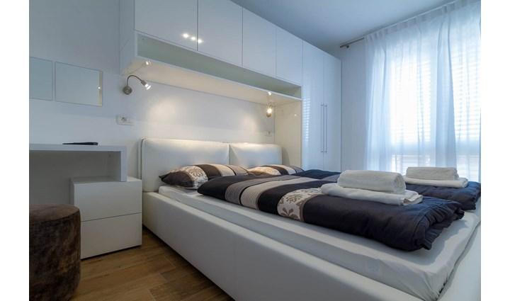Villa Royal Apartments 14